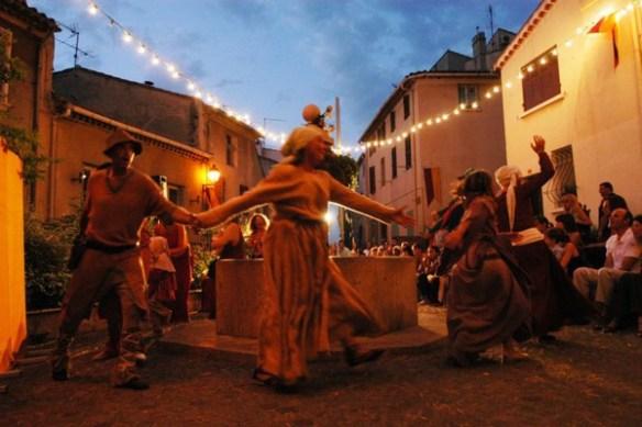 fetes-medievales-lagarde-nocturnes-ete2016-sorties-evenements-festivites