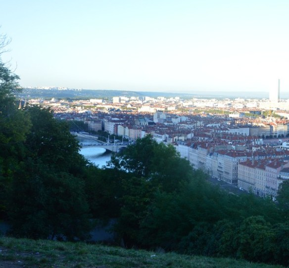 vue-saintjust-jardin-curiosites-lyon-voyage-bonnesadresses