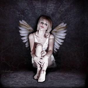 ludhye-photographie-ailes-ange-dechu-artiste-dark-toulon