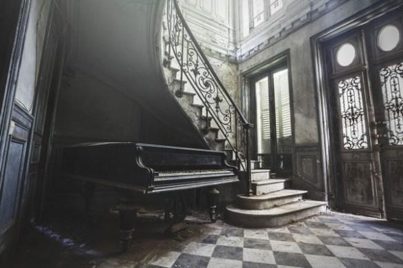 piano-exposition-jonathan-aubry-toulon-maib-atypique-conceptstore-photographie