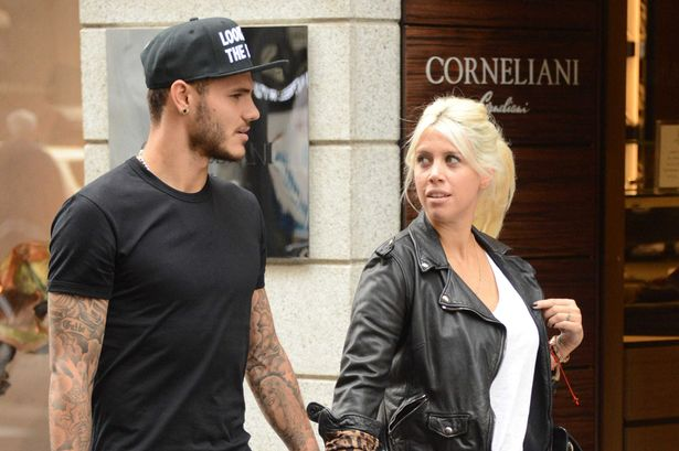 """Just five months later, icardi and nara walked down the aisle in buenos aires in an intimate ceremony. Wanda Icardi y la guerra tifosi contra su marido: """"fue un"""