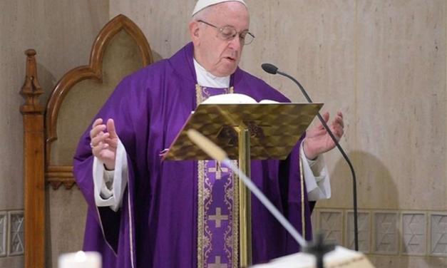Papa: nel confessionale nessuna minaccia ma il perdono del Padre