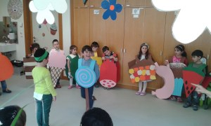 Kindertheater Lauder Chabad Campus