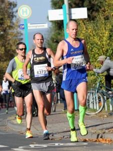 laufen-hilft_frankfurt-marathon-2016_2