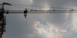 Rental tower crane
