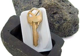 Hide-a-Spare-Key Fake Rock