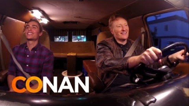 Jul 2014. Watch this amazing video of Conan OBrien and Dave Franco picking.