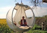Roomoon, A Spherical Luxury Hanging Tent With a Steel ...
