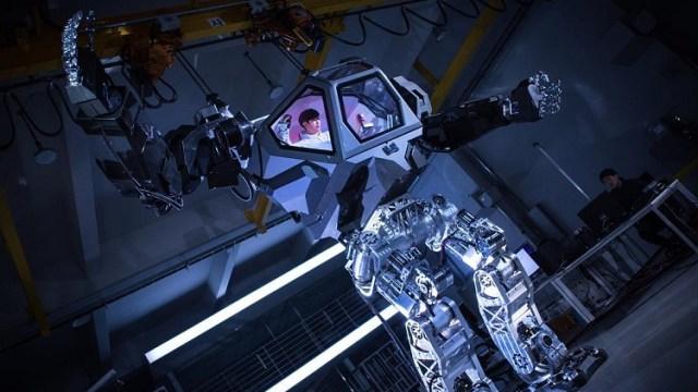 Jeff Bezos Pilots A Giant Hankook Mirae Method 2 Robot Suit At The