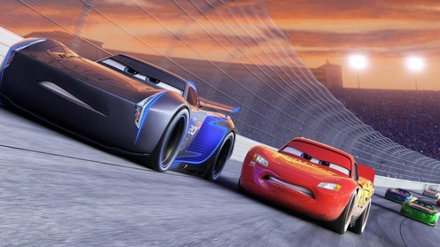 Lightning Mcqueen Is Driven To His Limit In New Trailer For Cars