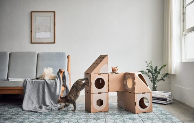 a_cat_thing_01-e1519240915885 Wonderfully Modular, Interchangeable Cardboard Cat Dwellings Designed by Taiwanese Architects Random