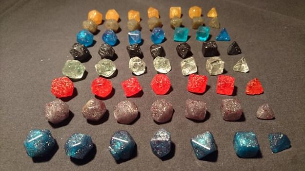 edible-polyhedral-sugar-dice-set-3 An Edible Polyhedral Sugar Dice Set Thats a Delicious Critical Hit Random