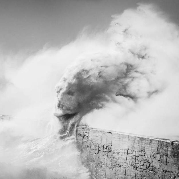 Loki-Wave-Rachael-Tailbart Gorgeous Photos Capturing a Series of Mythological Beings Formed by Waves Within a Tumultuous Sea Random