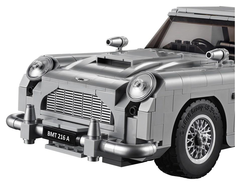 2018 LEGO Creator Expert James Bond Aston Martin DB5 Hood