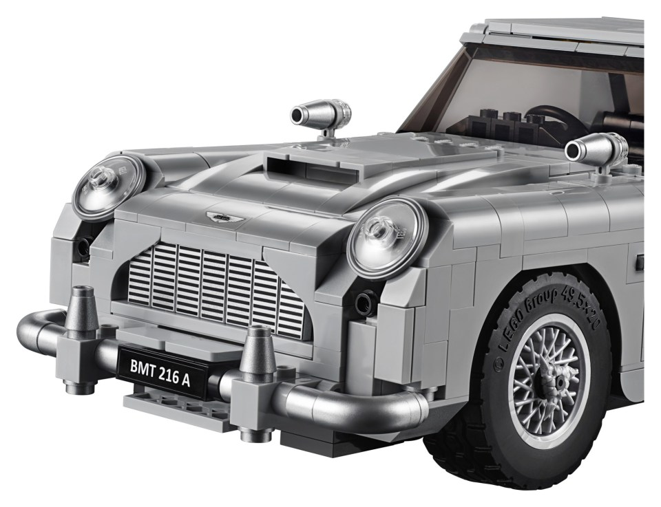 2018 LEGO Creator Expert James Bond Aston Martin DB5 Hood