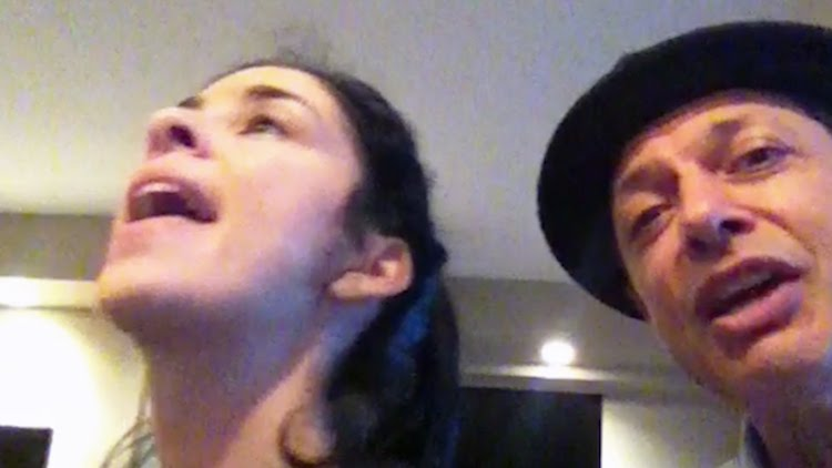 Me-and-My-Shadow-Sarah-Silverman-Jeff-Goldblum Sarah Silverman and Jeff Goldblum Perform a Brilliant Jazz Duet of 'Me and My Shadow' on Piano Random