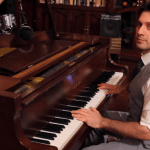 Ragtime Piano Cover of 'Buddy Holly' by Weezer