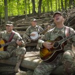 Six-String Soldiers of the US Army Field Band Play a Beautiful Cover of Pink Floyd's 'Wish You Were Here'