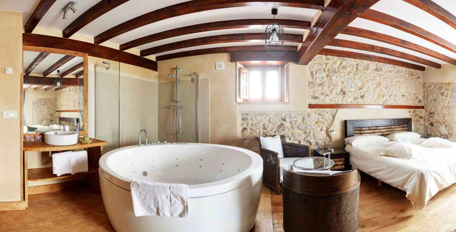 Hoteles con jacuzzi en la habitacin  La ltima Columna
