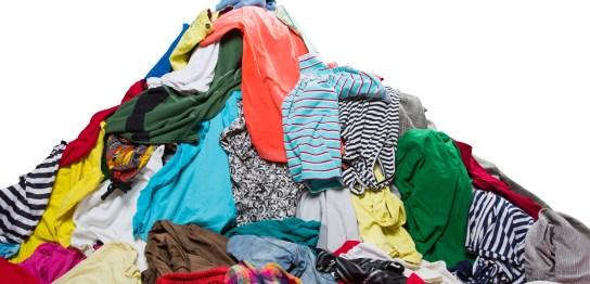 山盛りの洗濯物