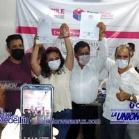 Leno Rosales recibe constancia de mayoría, gana por más de 10 mil votos de diferencia.