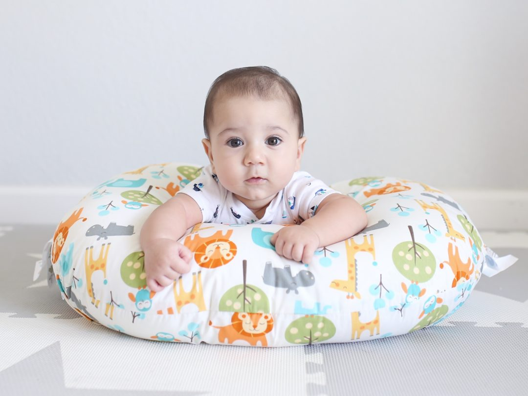 boppy baby chair plastic folding classic feeding and infant support pillow review