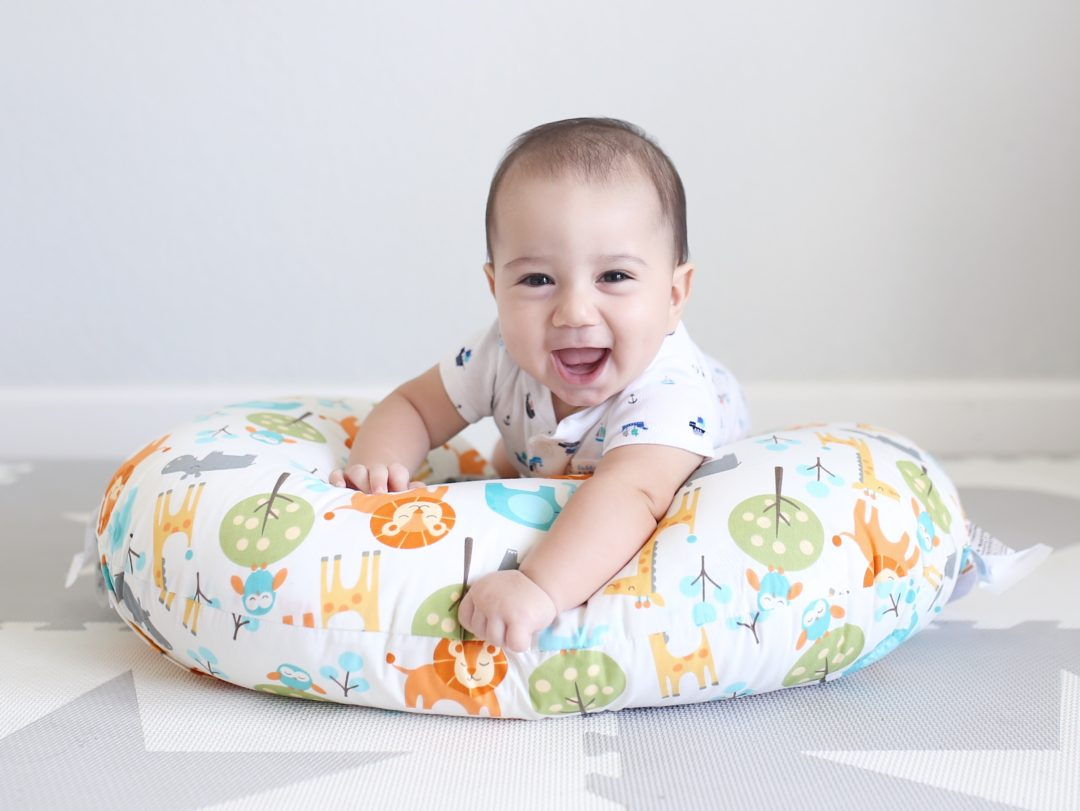 Boppy Classic Feeding  Infant Support Pillow Review