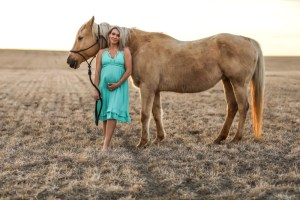 Western maternity picture