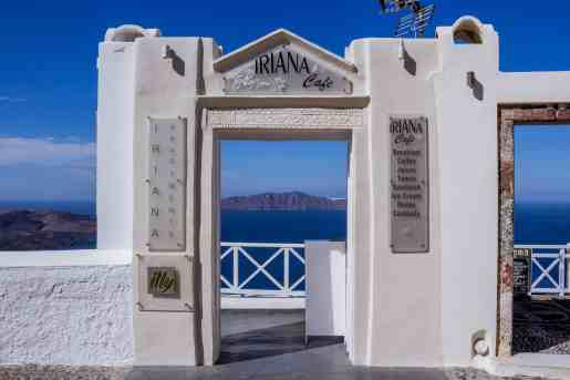 Iriana Cafe, Fira, Santorini -Honeymoon in Fira - www.lauraenroute.com