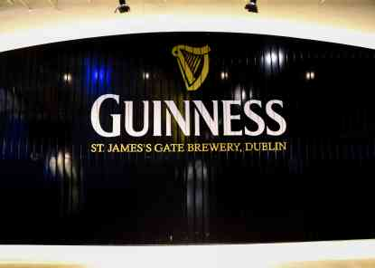 Take a Tour of Guinness in Dublin! www.lauraenroute.com
