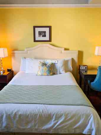Hotel Deluxe - Tips for Visiting Portland, OR - www.lauraenroute.com