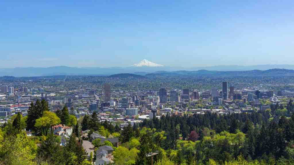 View from Pittock Mansion - How to Spend a Long Weekend in Portland, OR - www.lauraenroute.com