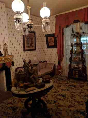 Thomas Whaley House - Haunted Places - San Diego: Not your typical 4 day itinerary - www.lauraenroute.com