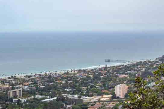 Mount Soledad - San Diego: Not Your Typical 4 Day Itinerary - www.lauraenroute.com
