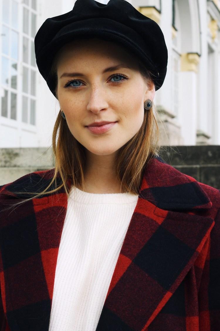 Schiffermütze Esprit Caban Jacke High Waist Hose Zara Lack Stiefeletten H&M Trendreport