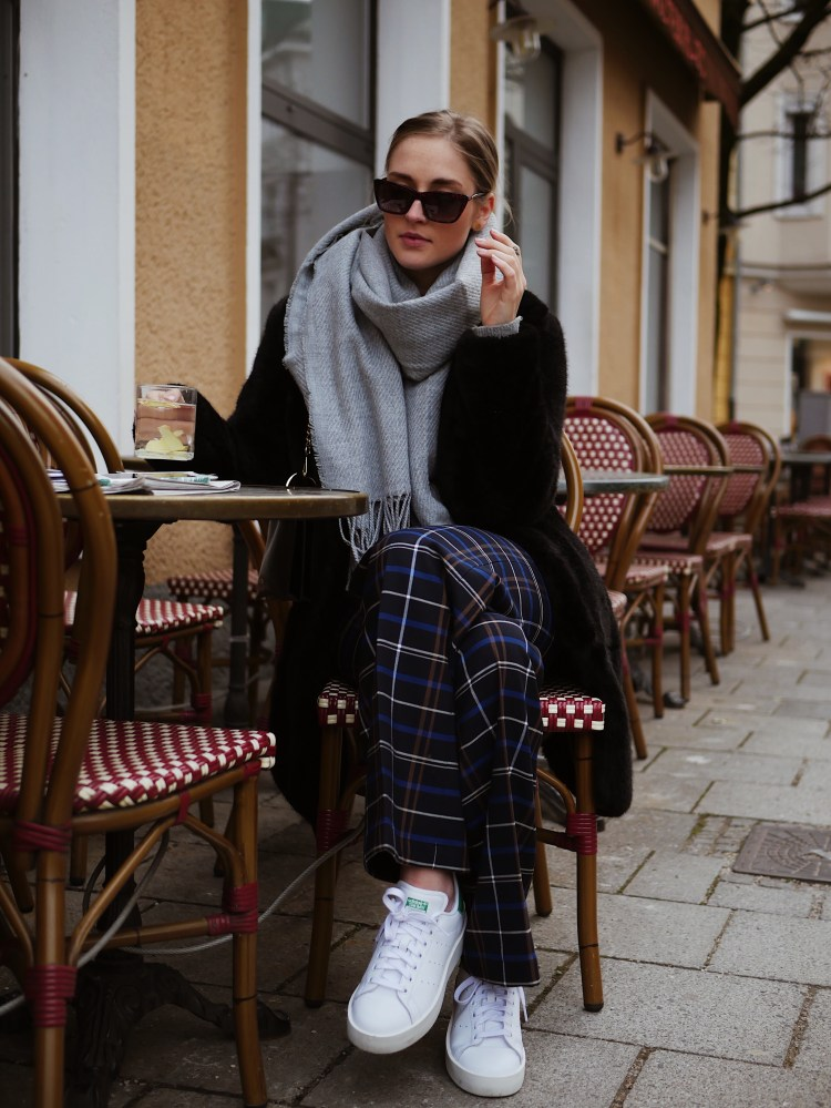 Grey Hoodie, Karo Trouser, Max & Co. Bag, Stan Smith Bold Sneaker and Eyes and More Sunglasses