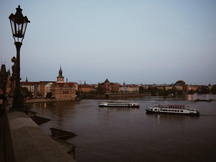 Charles Bridge Moldau Praha