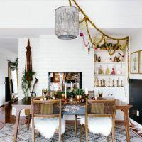 Weihnachtliche Tischdekoration für unterschiedliche Einrichtungsstile