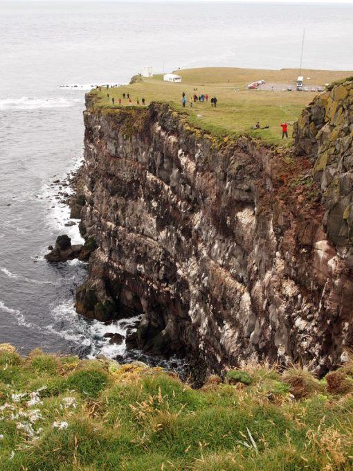 hier kann man die verschiedensten Gesteinsschichten sehen