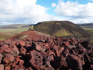 Haha, Yoga auf dem Vulkan