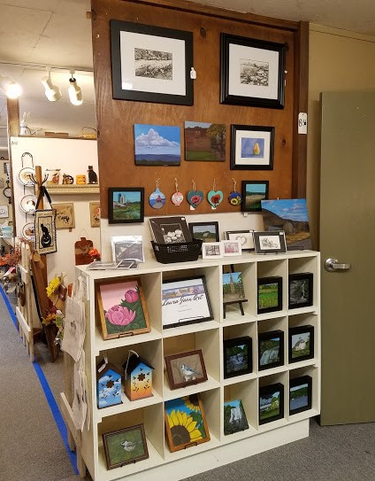 Laura Jaen Art shop space at Oldies But Goodies in Big Flats NY