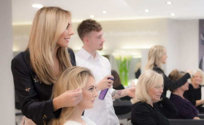Laura Leigh Hairdressers In Cheltenham