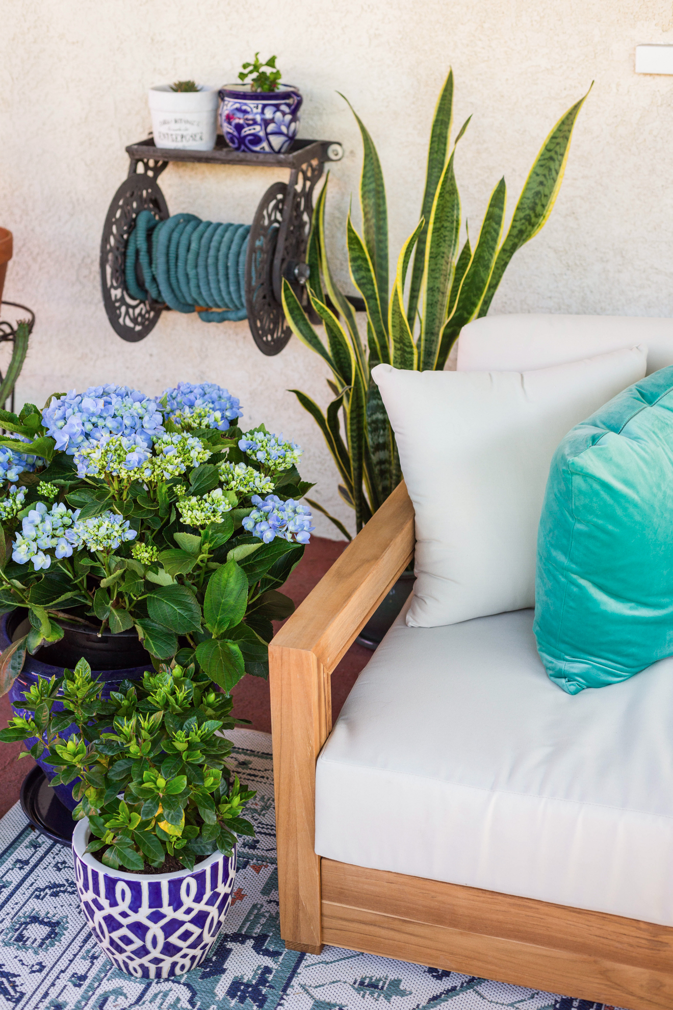 Bed Bath And Beyond Outdoor Cushions : beyond, outdoor, cushions, Patio, Decor, Ideas, Beyond, Laura