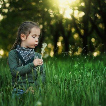 child-1347385_1920