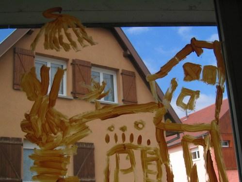 dessiner c'est observer: dessin de ce qui nous entoure, au travers des vitres de l'école