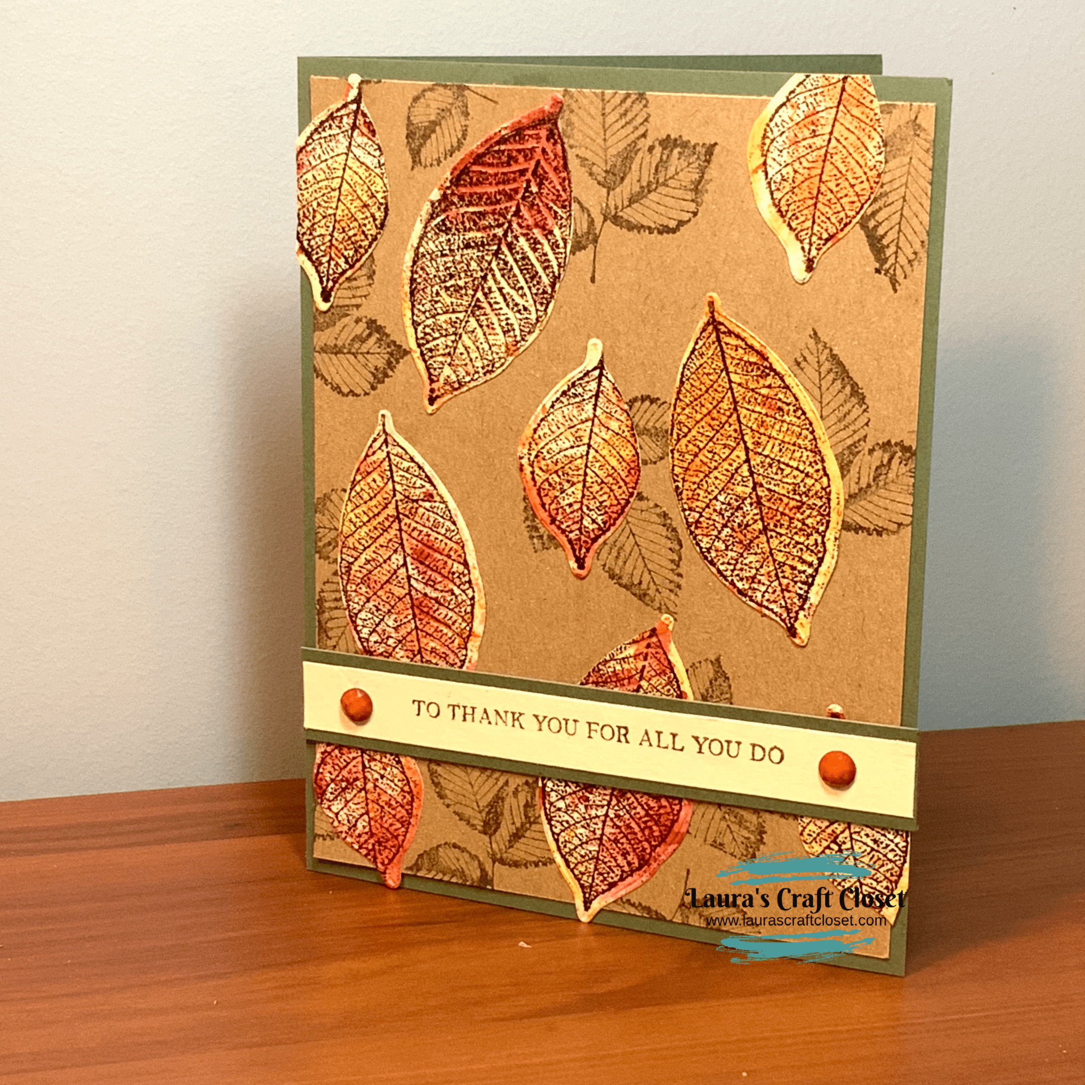 Watercolor smooching falling leaves card