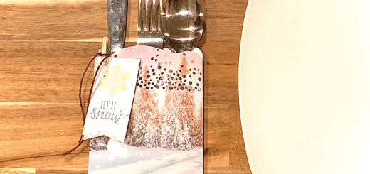 Frost table setting for holidays