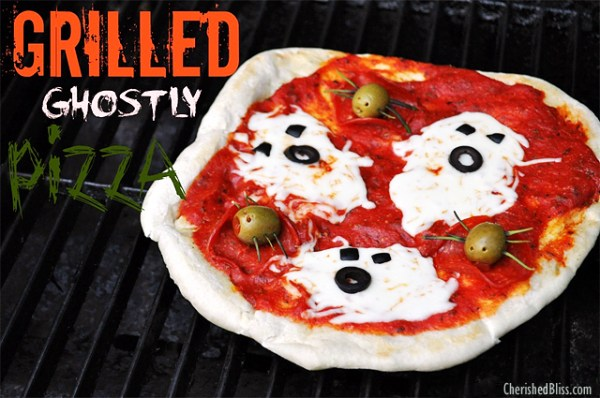 Grilled-Ghostly-Pizza 21 Halloween Party Treats www.lauraslittlehousetips.com