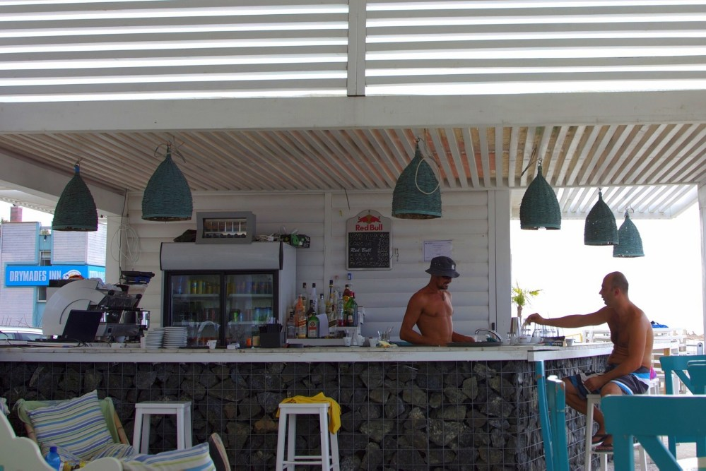 Holiday plans: where to relax on the Albanian riviera, Drimadhes beach bar (4/6)