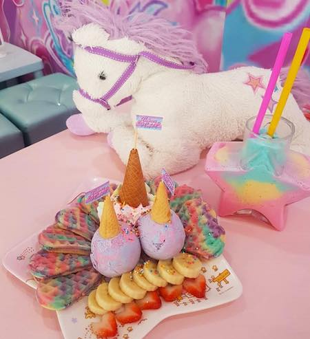 unicorn cafe bangkok tailandia peluche unicornio